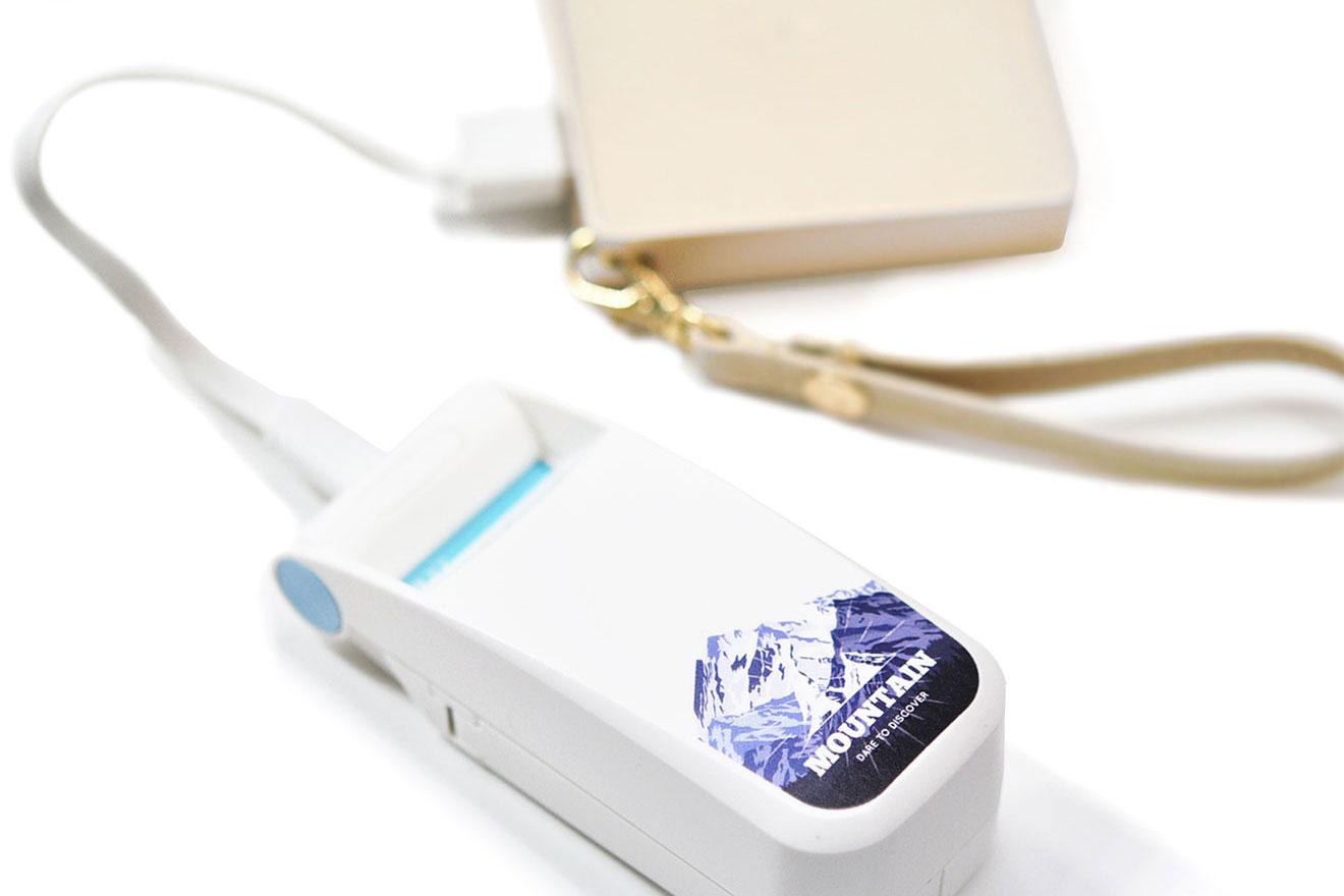 バッテリーはUSB充電式